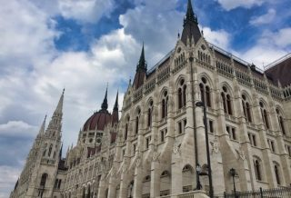 hungarian parliament roseanna sunley travel blog