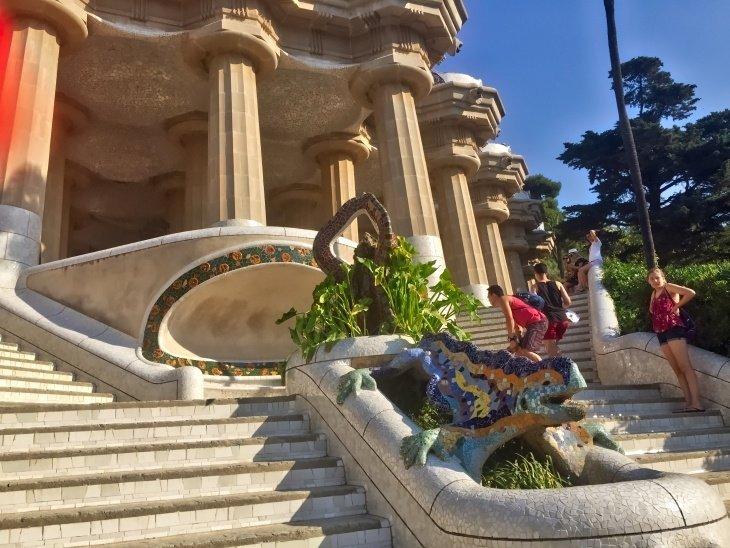 park guell barcelona roseanna sunley travel blog