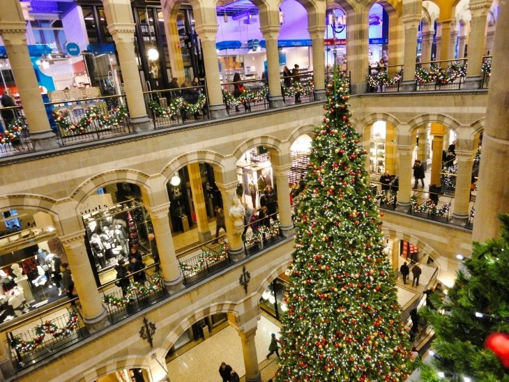 amsterdam at christmas roseanna sunley travel blog